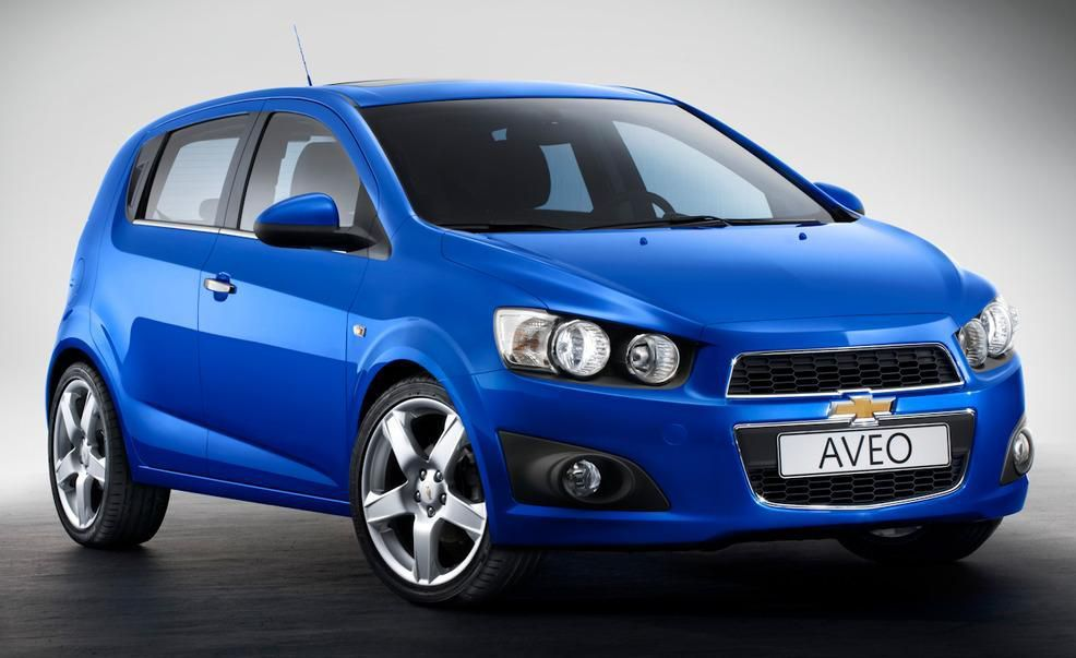 Chevrolet Aveo Features And Specs