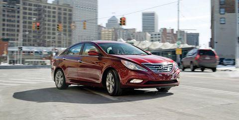 Land vehicle, Vehicle, Car, Mid-size car, Hyundai sonata, Hyundai, Automotive design, Sedan, Family car,