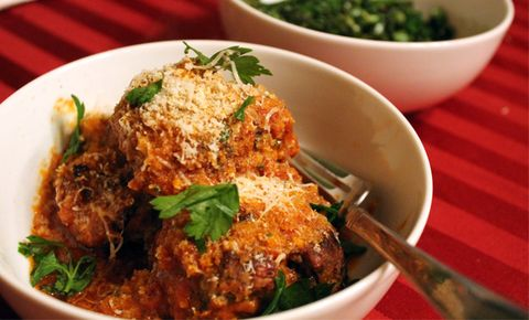 Shape, Sear, And Simmer Massive Meatballs