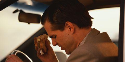 eating-in-car.jpg