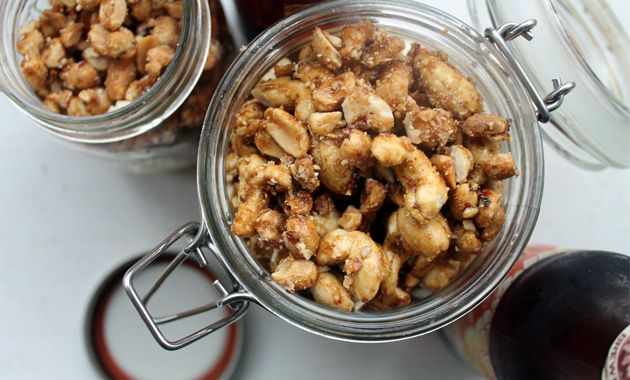 The Easy Way to Make Awesome Beer Nuts