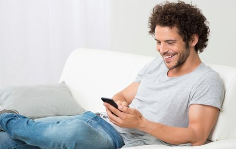 6 Ways to Turn Your Tinder Match into a Date