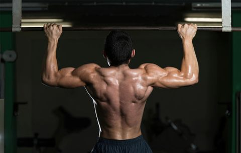Why This Fitness Expert Won't Do Kipping Pullups