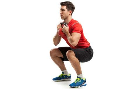 The Simple Trick That Can Instantly Fix Your Squat Form
