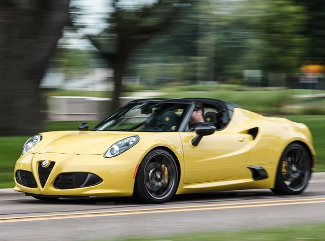 Alfa Romeo 4c >> 2019 Alfa Romeo 4c Review Pricing And Specs