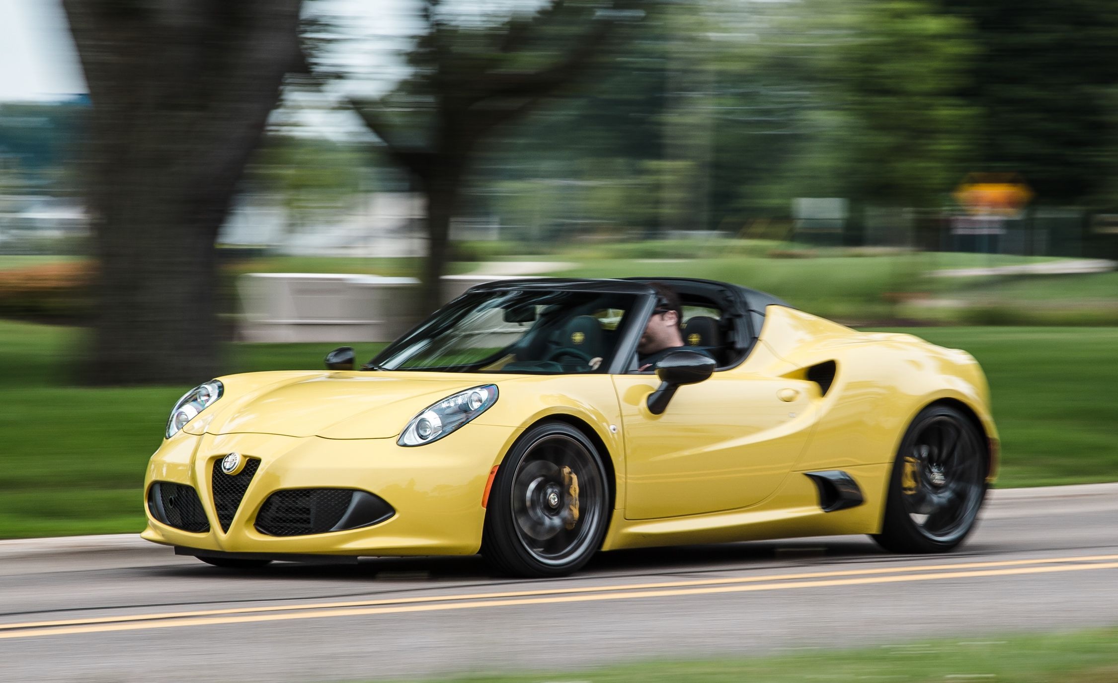 2019 Alfa Romeo 4c Review Pricing And Specs