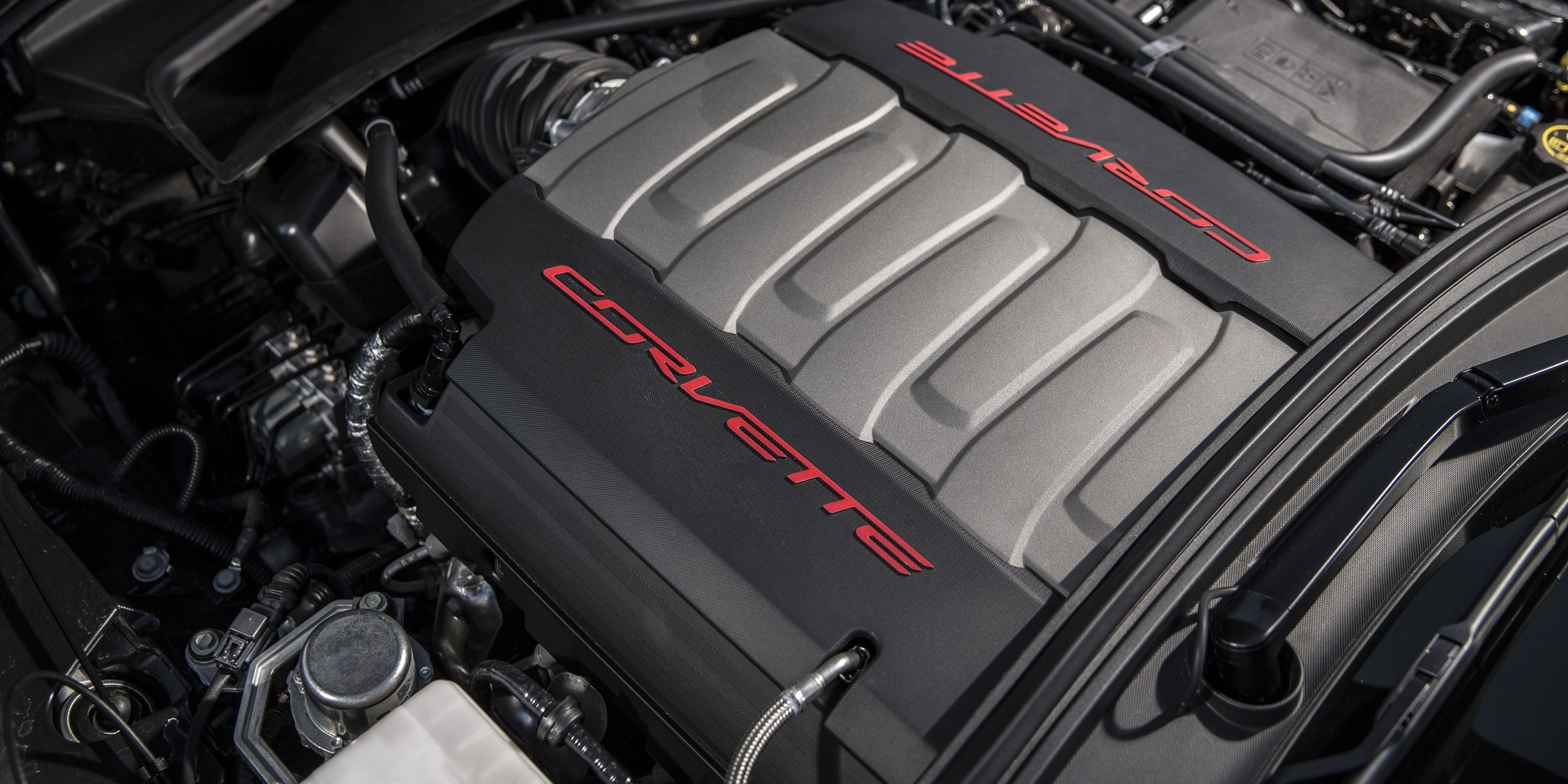 What Chevy Gains By Using a Pushrod Engine in the Corvette