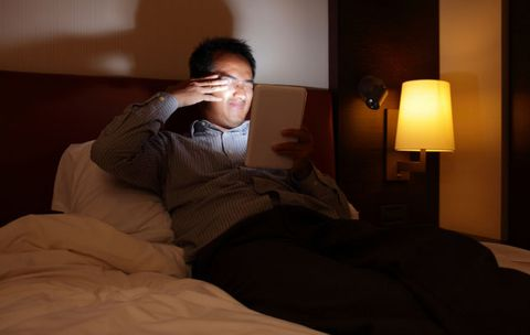 5 Reasons NOT to Check Your Email at Night