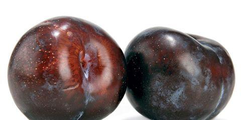 plum-nutrition-facts.jpg