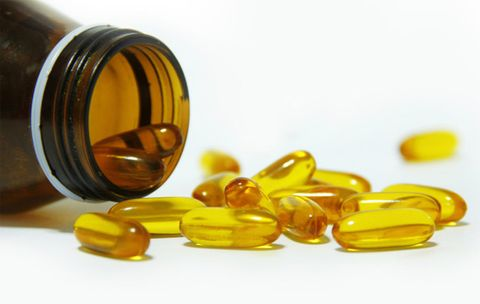 How Do Fish Oil Supplements Really Work?