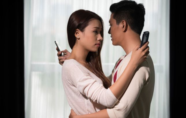 Lapos csizma online dating