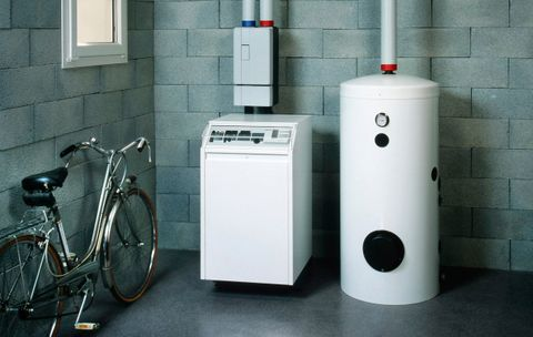 The Best Temperature to Set Your Hot Water Heater for Saving