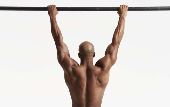 Why You Should Perform Hanging Exercises at the Gym