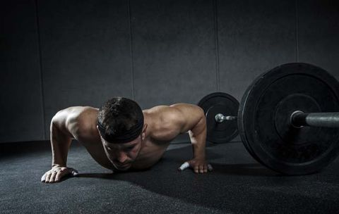 The Drill You Should Do If Pushups Hurt Your Wrists