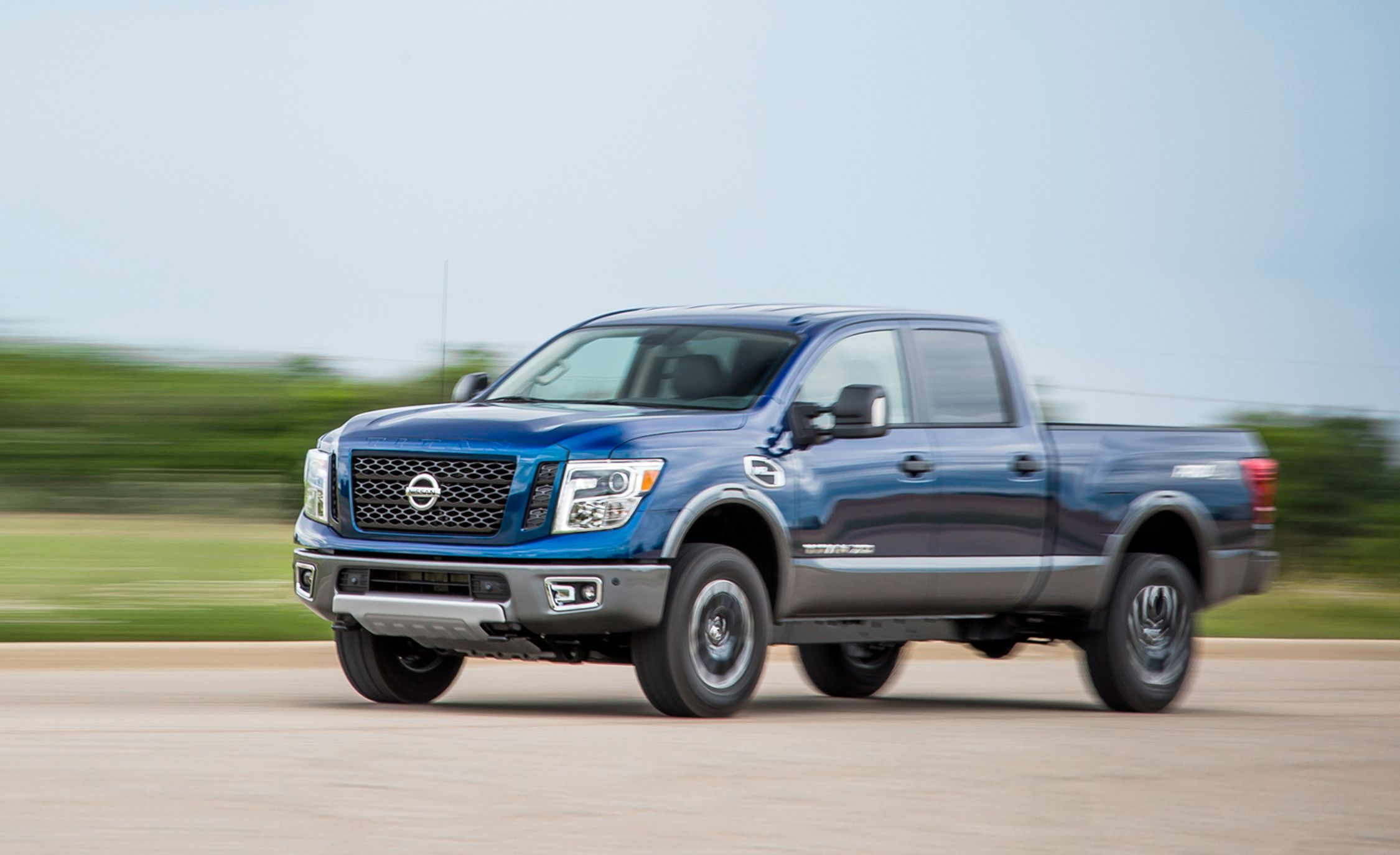 2019 Nissan Titan Xd Review Pricing And Specs