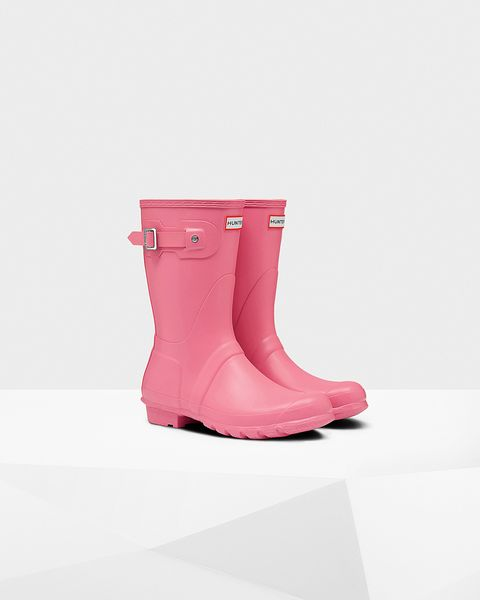 Footwear, Shoe, Pink, Boot, Rain boot, Magenta, Durango boot, Snow boot, Riding boot,
