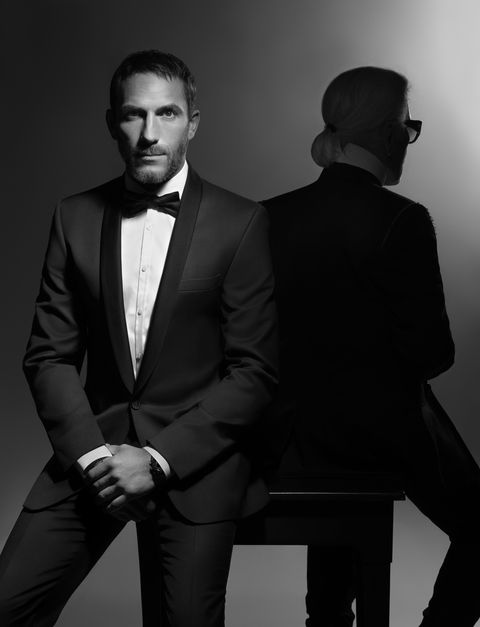 Suit, Formal wear, Black, Photograph, Tuxedo, Standing, Black-and-white, Photography, Model, Monochrome,