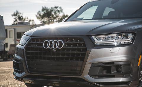 Land vehicle, Vehicle, Car, Audi, Automotive design, Bumper, Headlamp, Motor vehicle, Grille, Automotive tire,
