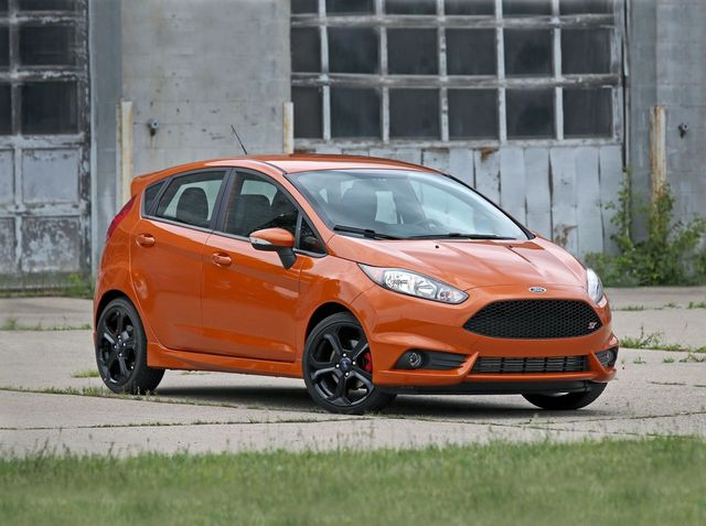 Ford Fiesta Rs 2017 >> 2019 Ford Fiesta St Review Pricing And Specs