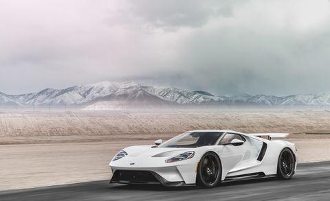Land vehicle, Vehicle, Supercar, Sports car, White, Automotive design, Car, Performance car, Rim, Wheel,