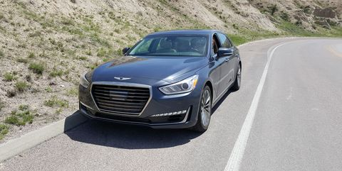 Land vehicle, Vehicle, Car, Automotive design, Mid-size car, Luxury vehicle, Motor vehicle, Personal luxury car, Executive car, Full-size car,