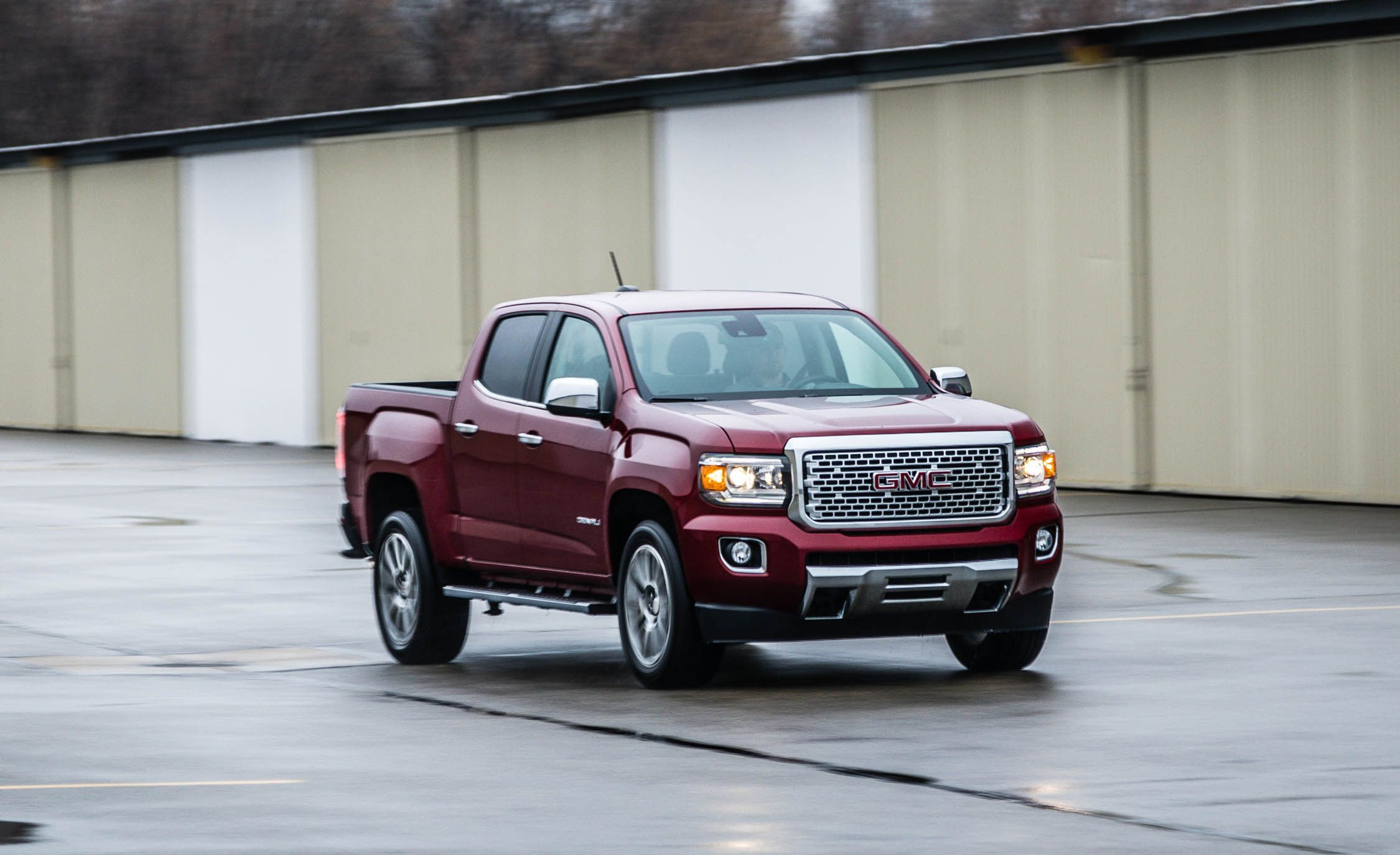 2019 Gmc Canyon Review Pricing And Specs
