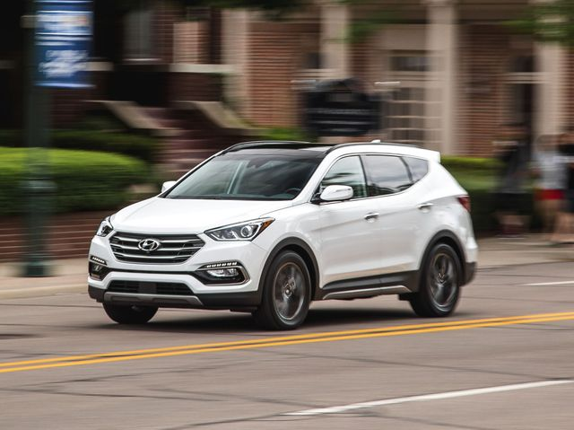 2018 Hyundai Santa Fe Sport >> Hyundai Santa Fe Sport Review Pricing And Specs