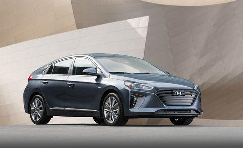 2019 Hyundai Ioniq Lineup Adds Tech Maintains Chart Topping Mpg