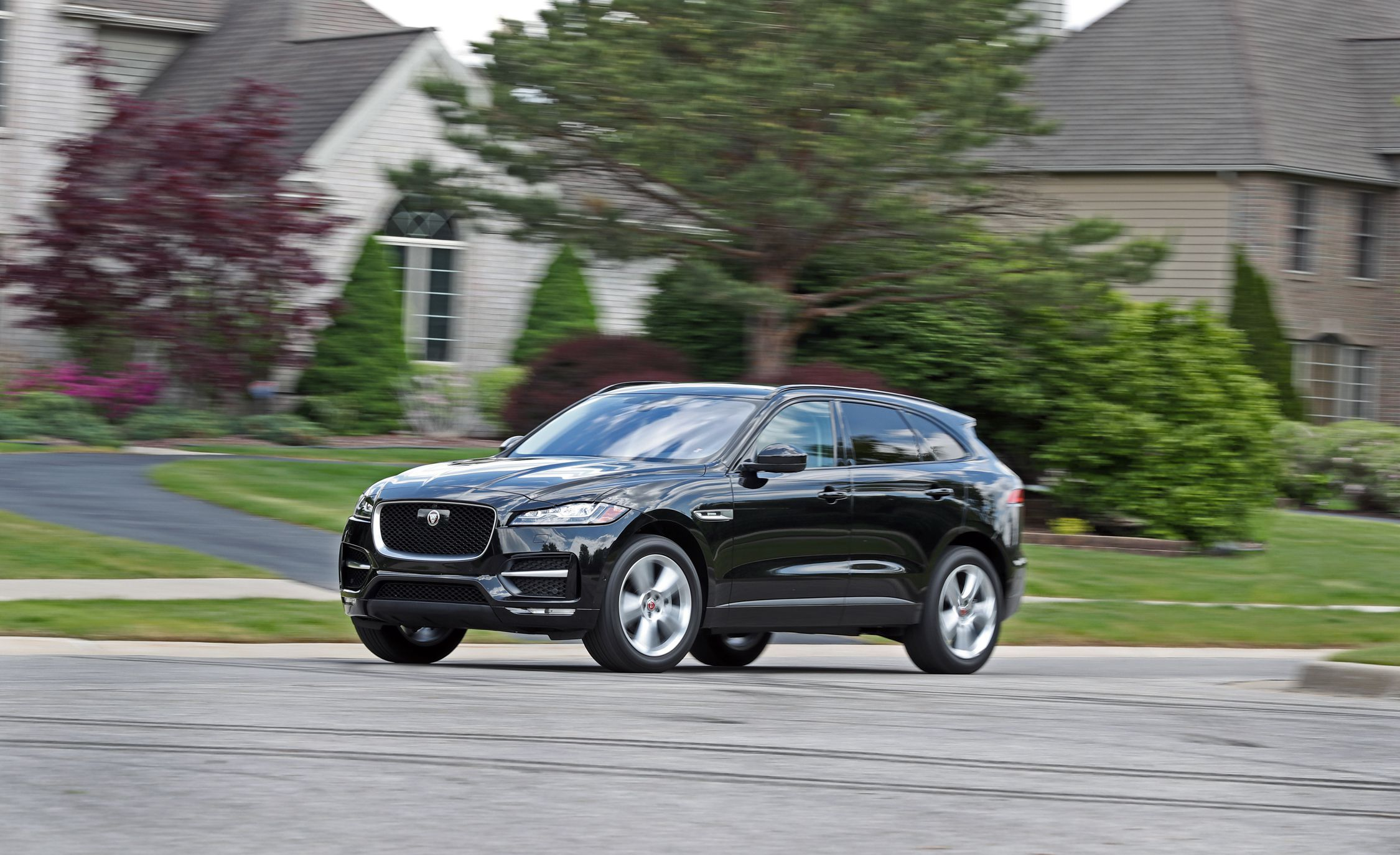 2019 Jaguar F Pace Review Pricing And Specs