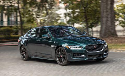 Land vehicle, Vehicle, Luxury vehicle, Car, Automotive design, Motor vehicle, Mid-size car, Personal luxury car, Performance car, Wheel,