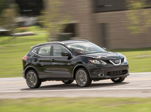 Nissan Rogue Towing Capacity >> 2019 Nissan Rogue Sport Review Pricing And Specs