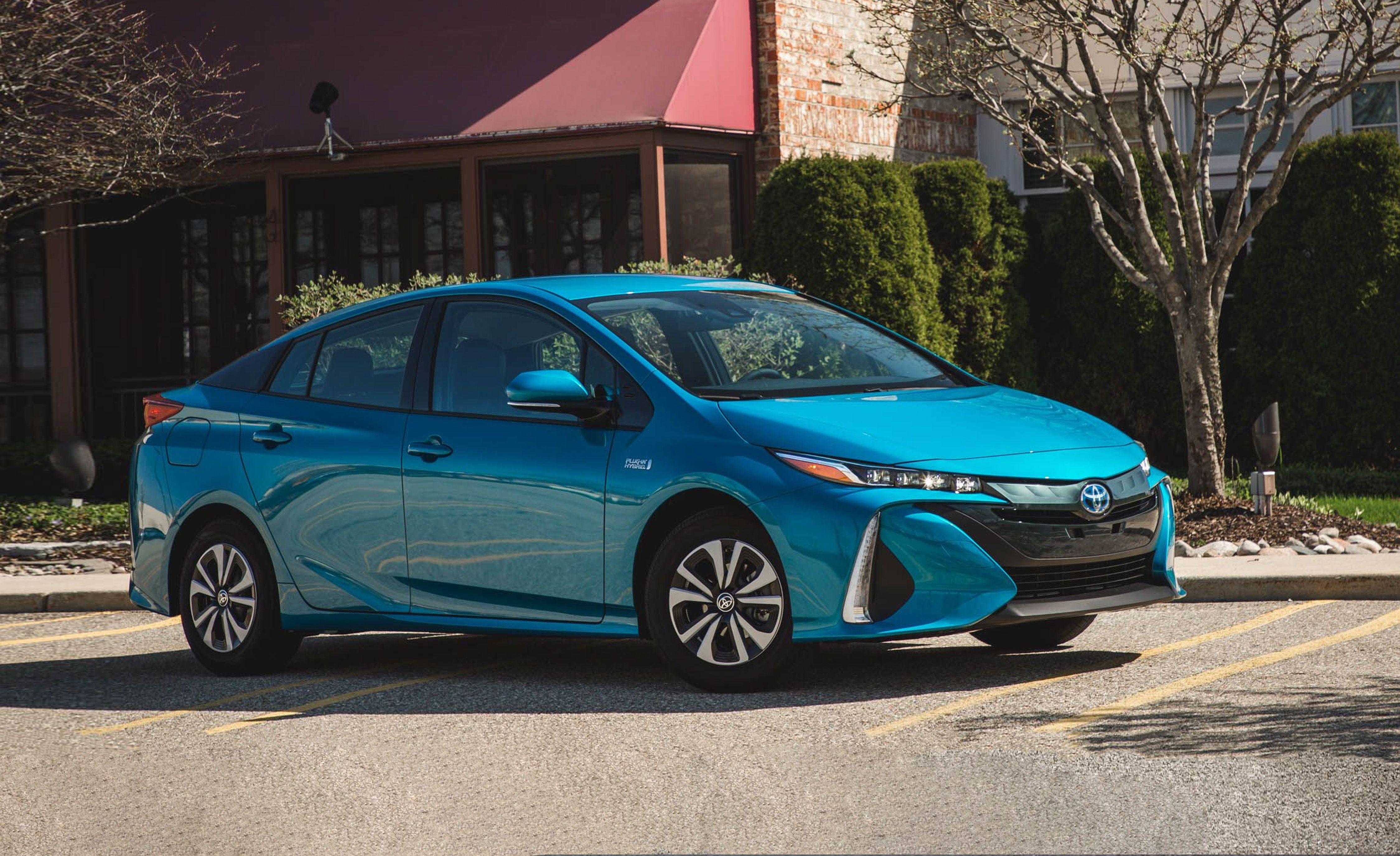 Toyota prius prime mpg