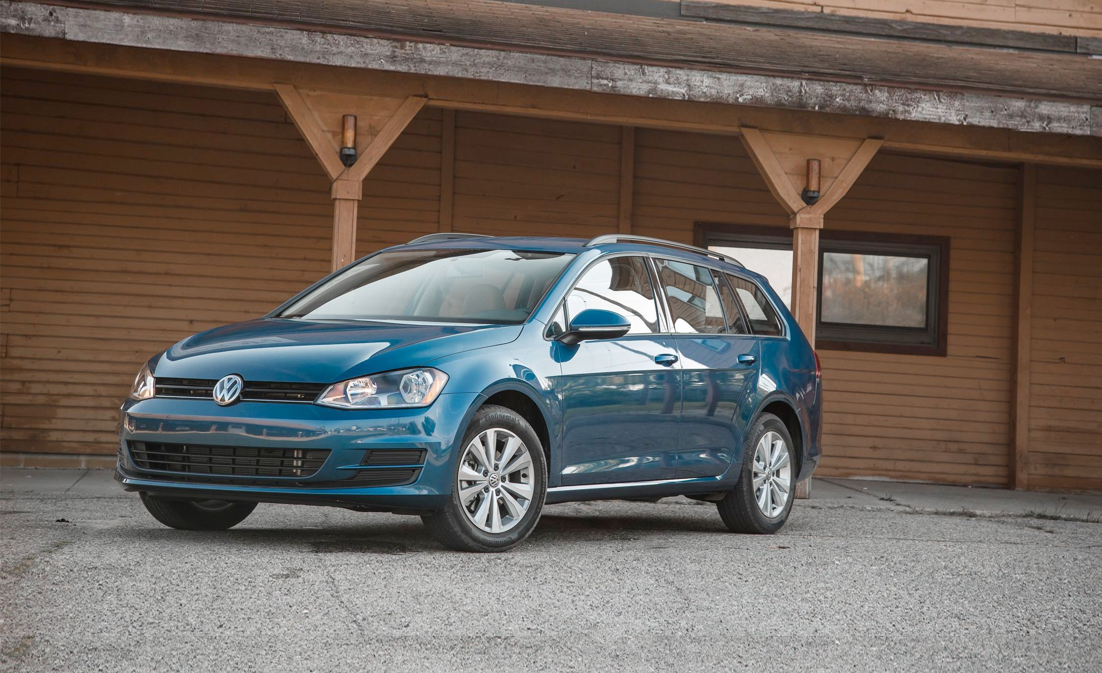 2017 Volkswagen Golf Sportwagen 4motion Instrumented Test 8211 Review Car And Driver