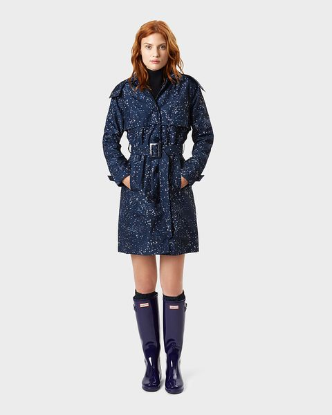 Clothing, Coat, Outerwear, Overcoat, Sleeve, Trench coat, Fashion, Parka, Electric blue, Footwear,