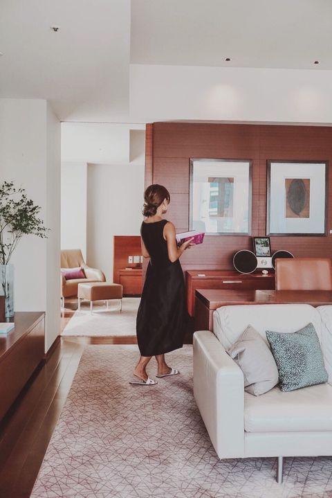 White, Room, Shoulder, Dress, Property, Living room, Interior design, Furniture, Home, Floor,