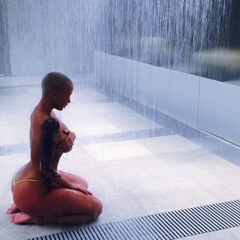 Water, Sitting, Bathing, Leisure, Bathtub, Photography, Sculpture,