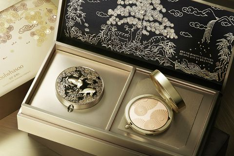 韓國美妝,雪花秀,Sulwhasoo,金屬入絲微雕,花釉彩妍盒,花釉香粧盒,臻顏逆齡氣墊粉霜,潤燥精華,節慶限定,beauty