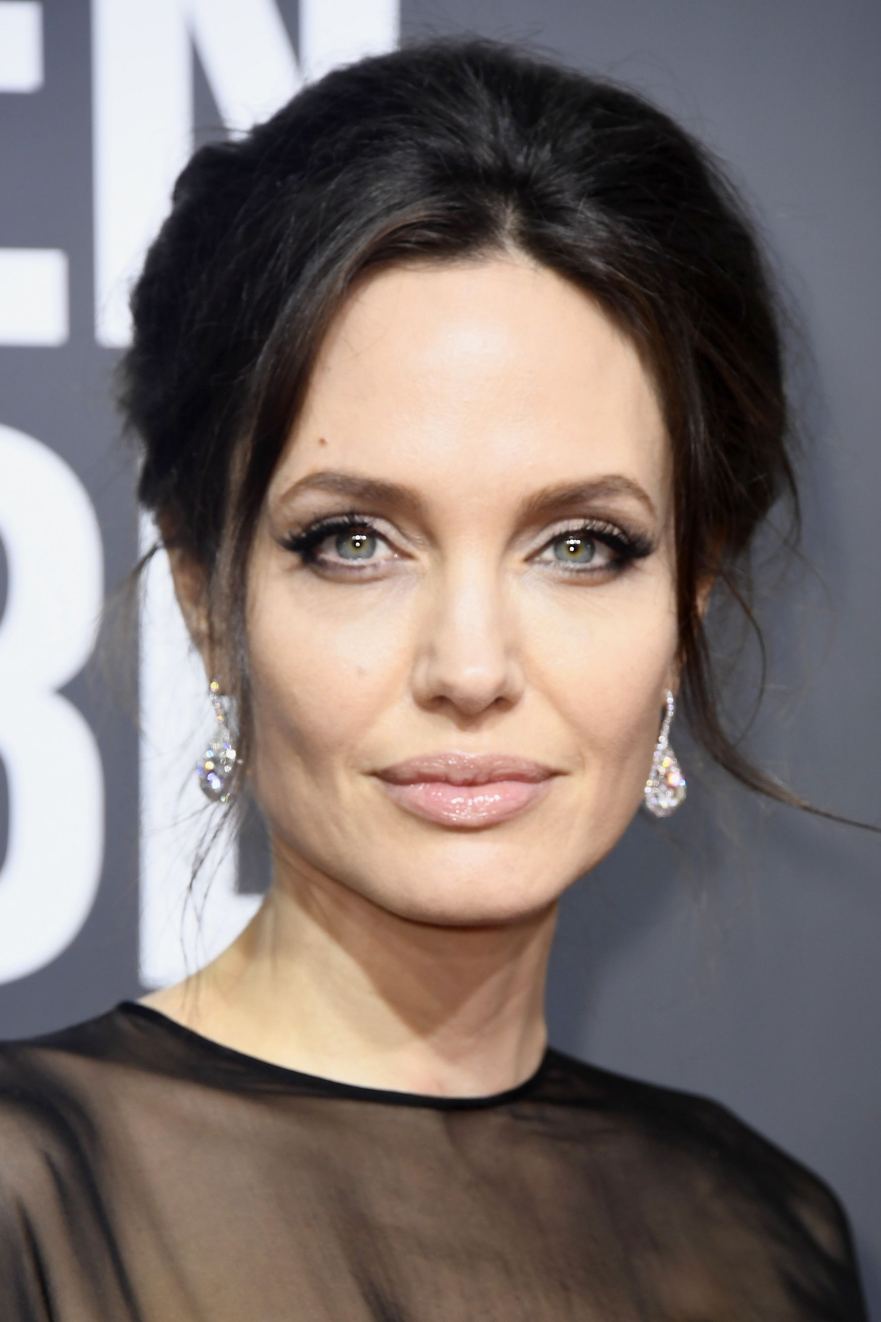 Angelina Jolie Hair And Make,Up , Her Best Beauty Looks Ever