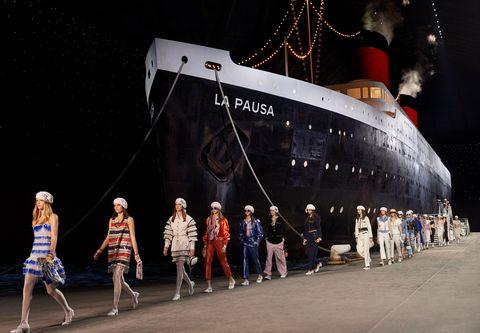 Vehicle, Ship, Watercraft, Naval architecture, Night, Boat, Cruise ship,