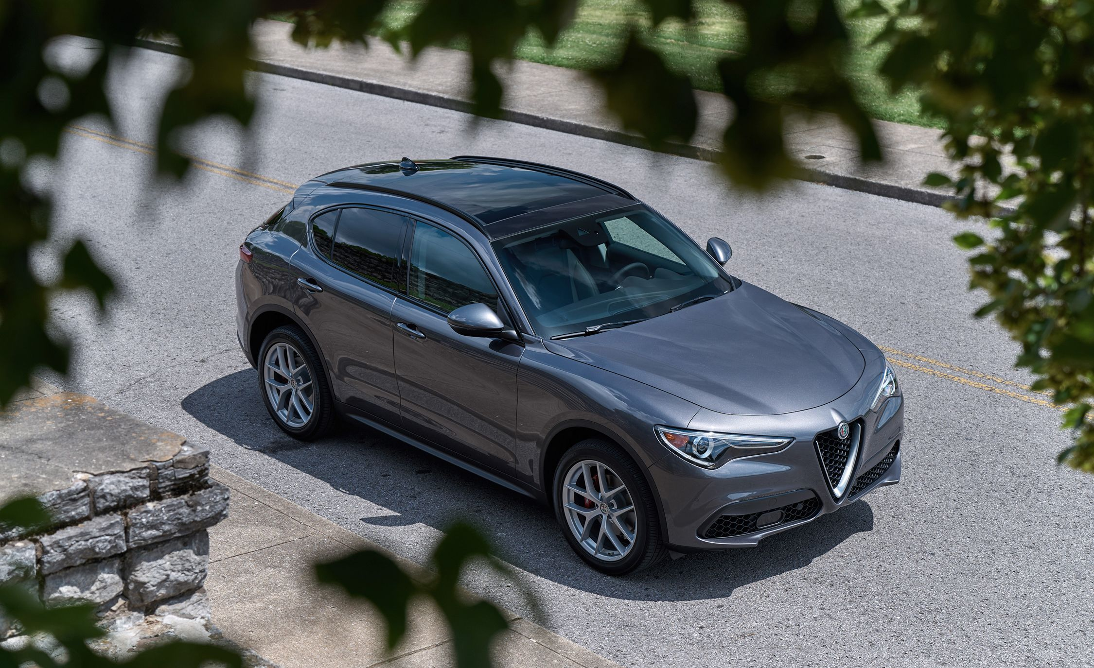 2019 Alfa Romeo Stelvio Adds Cheaper Rwd Variant News Car And Driver