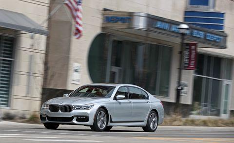 Land vehicle, Vehicle, Car, Luxury vehicle, Personal luxury car, Automotive design, Executive car, Bmw, Mid-size car, Alloy wheel,