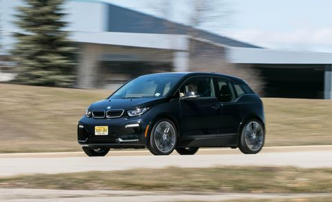 Land vehicle, Vehicle, Car, Hatchback, Volkswagen golf, Hot hatch, Automotive design, City car, Compact car, Volkswagen,