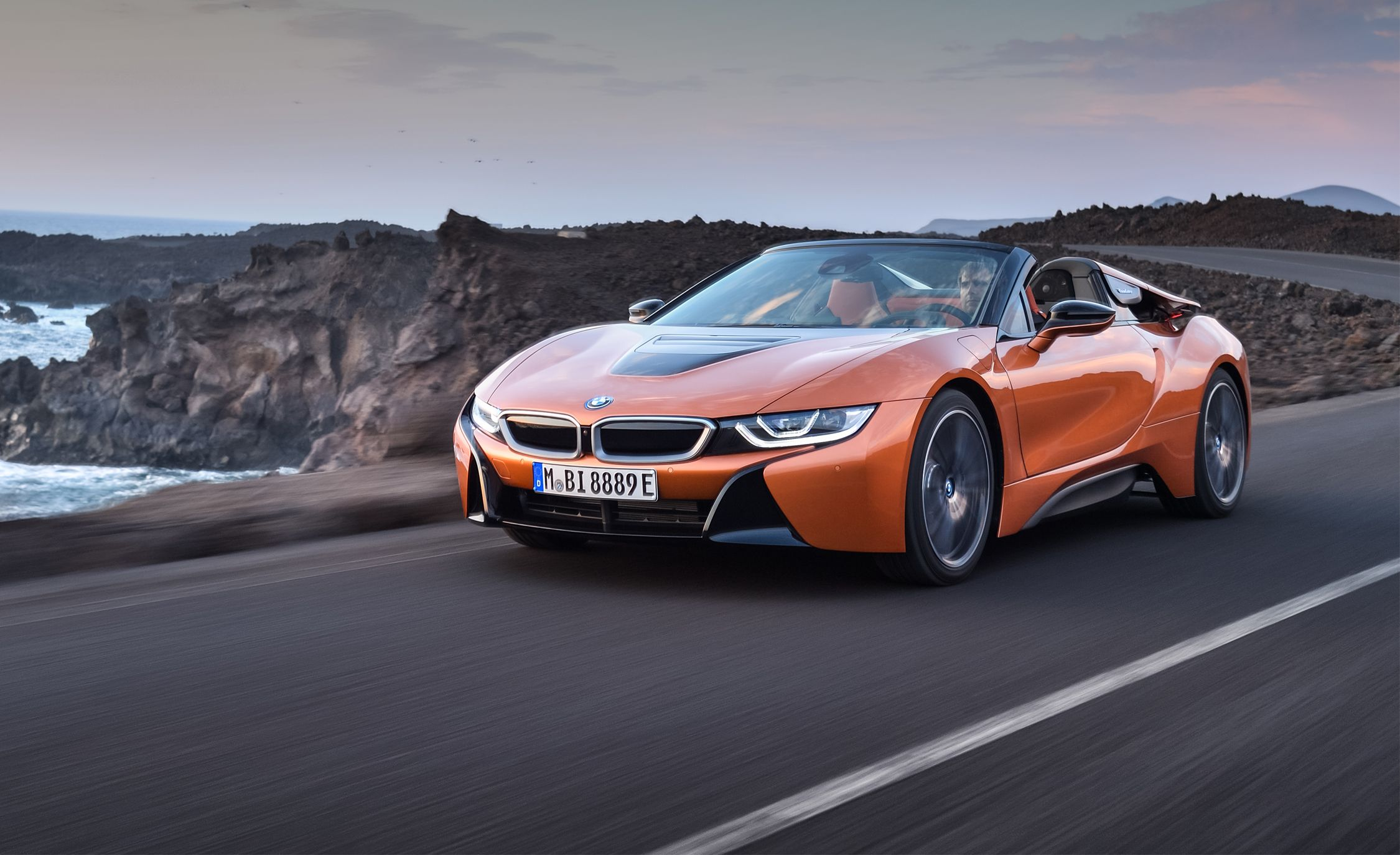 2019 Bmw I8 Roadster First Drive Cloth Roof No Back Seat More Money Review Car And Driver