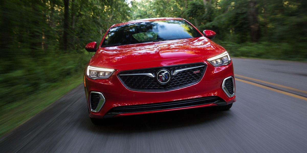 The 2018 Buick Regal GS Gets 310 HP and Focus RS-Esque All-Wheel Drive