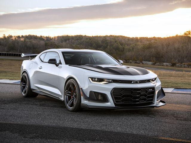 Used Camaro Zl1 For Sale >> 2019 Chevrolet Camaro Zl1 Review Pricing And Specs