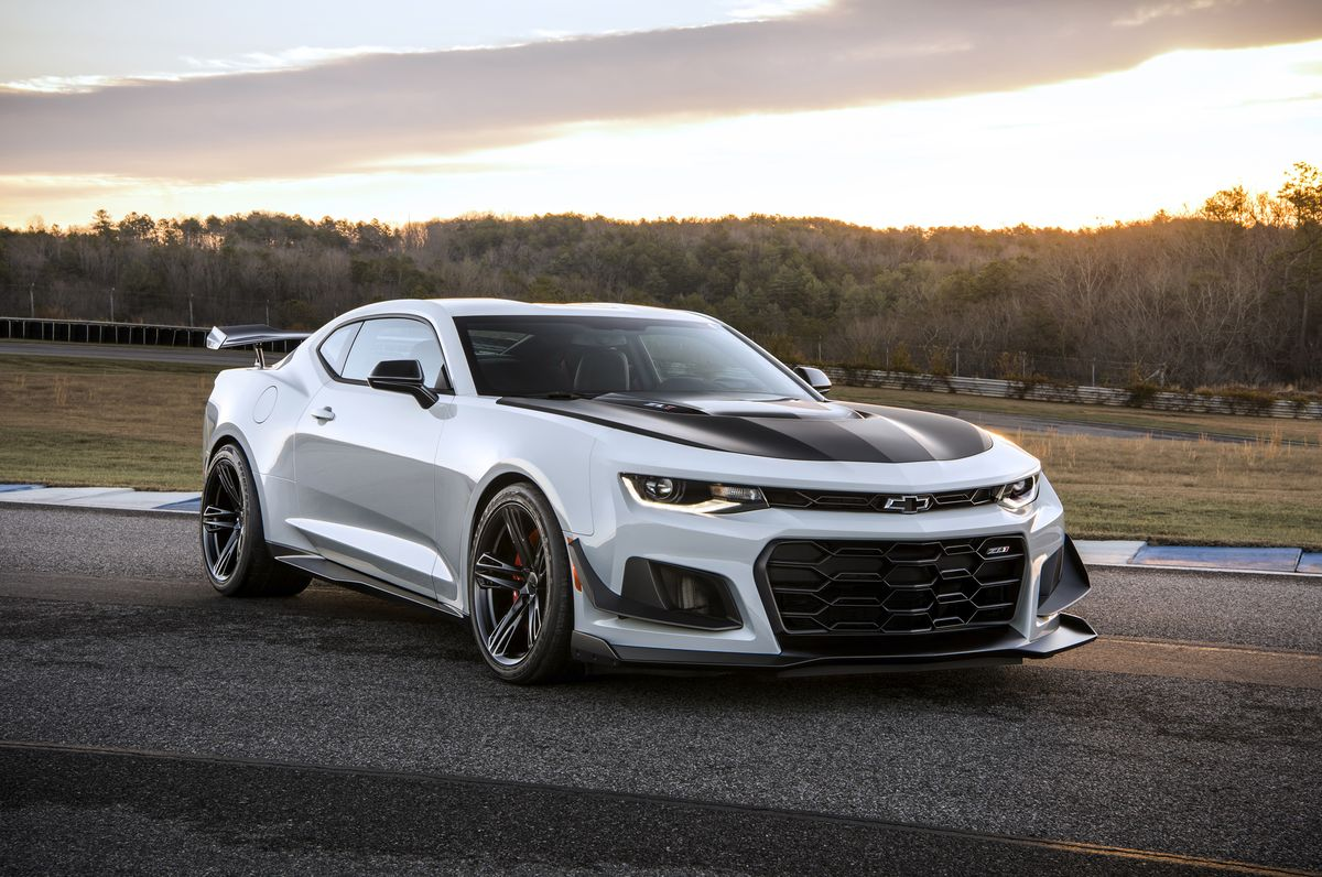 2019 Chevrolet Camaro Zl1 Review Pricing And Specs