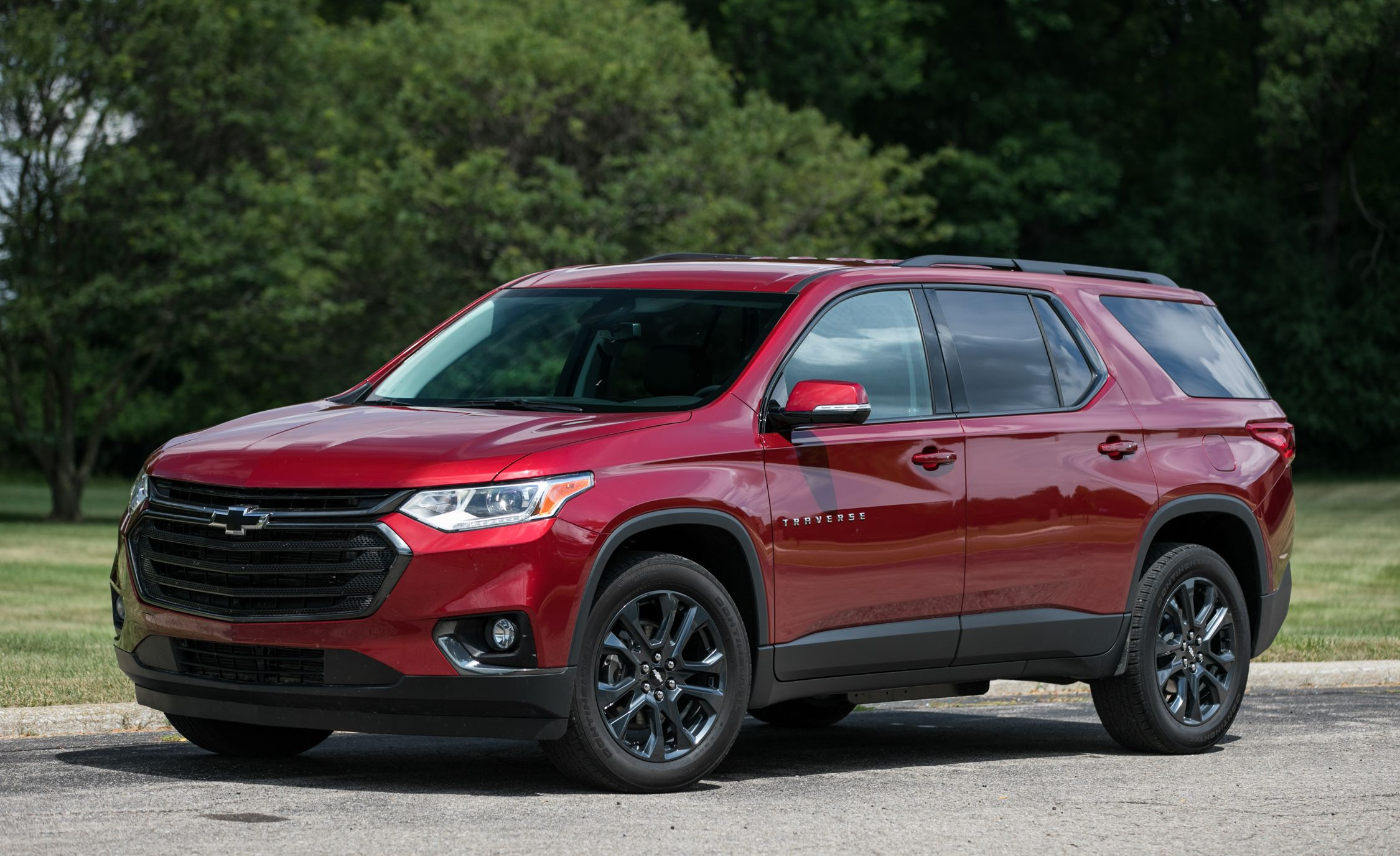 the best (and worst) three-row suvs and crossovers – rankings