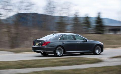 Land vehicle, Vehicle, Car, Luxury vehicle, Sedan, Mid-size car, Full-size car, Personal luxury car, Automotive design, Family car,