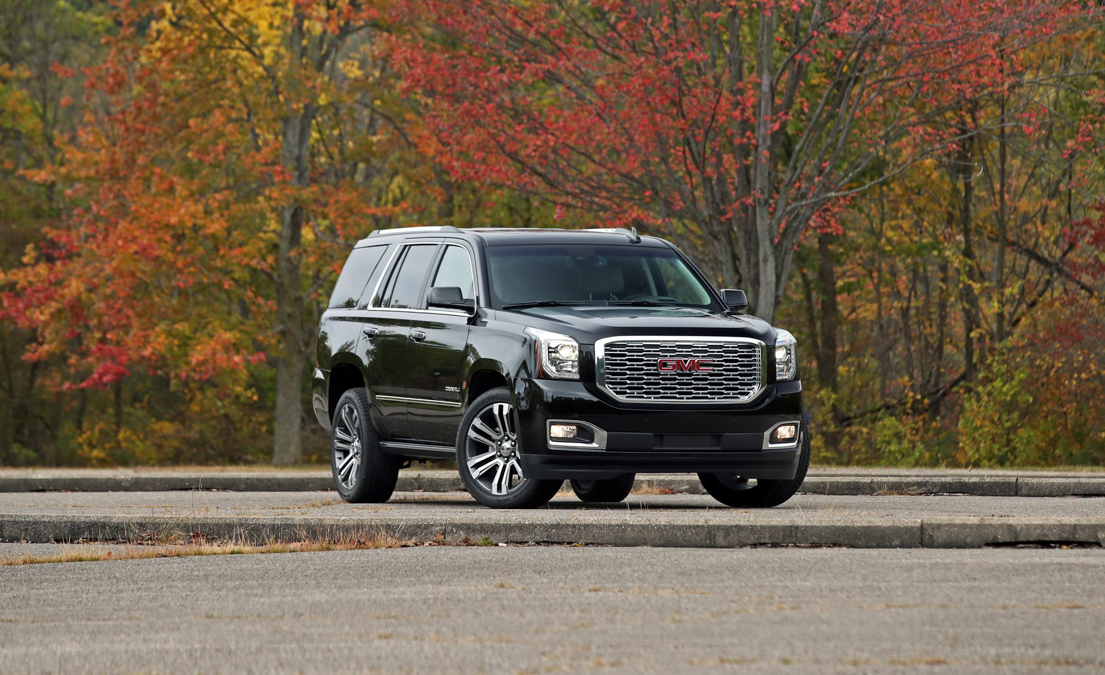 2019 Gmc Yukon Review Pricing And Specs