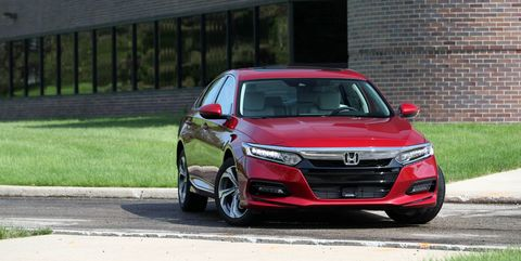 Land vehicle, Vehicle, Car, Automotive design, Grille, Rim, Full-size car, Mid-size car, Sedan, Honda,